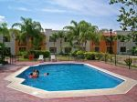 holiday-inn-tampico-altamira-pool.jpg